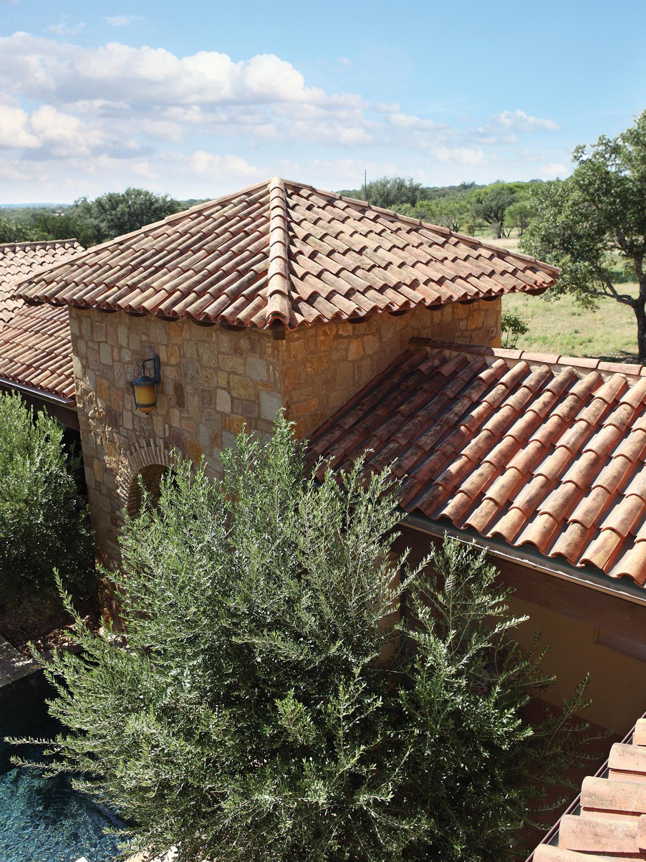 پوشش سقف شیبدار تایل و سفال-بررسی معایب و مزایای