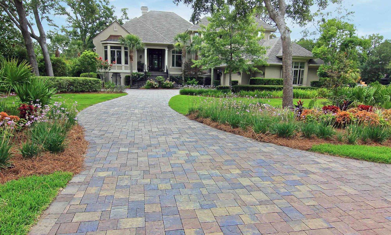 نصب راحت و آسان سنگ فرش و مصالح ساختمان