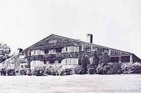 نمای بنای ویلیام جی. لو (William G. Low House)